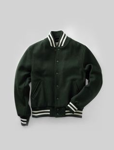 Hillflint x Golden Bear Varsity Bomber (Green) Grunge Outfits, Casual Outfits, Fashion Outfits, Varsity Jacket Outfit, Preppy Men, Kawaii Clothes, Vintage Style Outfits, Outfits For Teens, Aesthetic Clothes