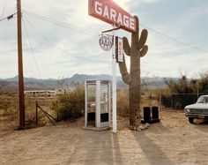 Wikieup, Arizona, December 14 by Stephen Shore on artnet. Browse upcoming and past auction lots by Stephen Shore. Stephen Shore, Color Photography, Street Photography, Film Photography, Beach Photography, Montreal, Fosse Commune, Frieze Magazine, Arizona