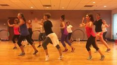"""LA VIDA ES UN CARNAVAL"" Celia Cruz - Dance Fitness Workout Valeo Club"