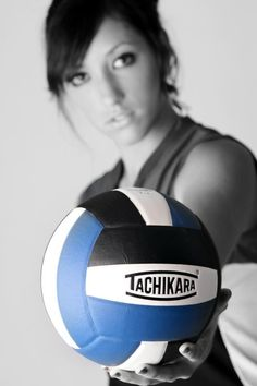 I love volleyball!! Great idea for senior   volleyball pic!