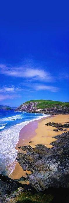 """""""Adoren al que hizo el cielo y la tierra y el mar y las fuentes de las aguas"""" (Revelación 14:7)  (Coumeenoole Beach, County Kerry, Ireland) SB"""