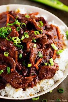 Slow Cooker Mongolian Beef Beef that slow cooks to tender melt in your mouth perfection. This takes minutes to throw into the crockpot and & The post Slow Cooker Mongolian Beef appeared first on Gastronomy and Culinary. Beef Recipes For Dinner, Meat Recipes, Asian Recipes, Cooking Recipes, Healthy Recipes, Simple Recipes, Cooking Ingredients, Beef Pieces Recipes, Gastronomia