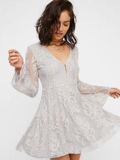 Reign Over Me Lace Dress | Deep