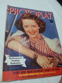 Just bought this magazine! Love the large format Photoplay mags!