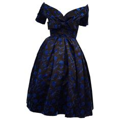 Important Christian Dior Couture Blue and Black Silk and Velvet New Look Dress Christian Dior Dress, Christian Dior Couture, Dior Haute Couture, Dior Fashion, Couture Fashion, New Look Dresses, New Years Dress, Vintage Dresses 50s, Rhinestone Dress