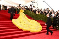 THIS is Rihanna's Met gala dress. Get the full details on the crazy, wonderful piece.