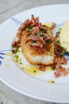 Frasig torsk med knaperstekt bacon och gräslök | ljuvligmat