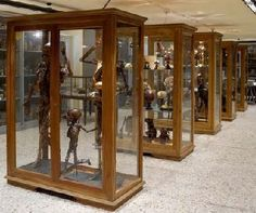 PISA, ITALY MUSEUM OF HUMAN ANATOMY Anatomical cabinet holds unexpected treasures