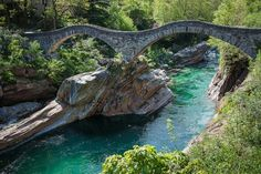 vacation travel photos - Lavertezzo, Switzerland
