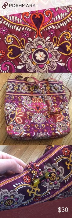 Sunset Safari Bundle Two gorgeous Vera Bradley pieces in Sunset Safari! Bundle includes a tote and a small duffle.  Tote has: three inner pockets, no outer, tortoise shell loop closure; two large shoulder handles. Duffel has: two large outer pockets, zip closure; two large shoulder handles.   Retail value $150+! A great travel set. Cute pattern that you can't buy in stores anymore. Perfect condition on both Vera Bradley Bags Totes