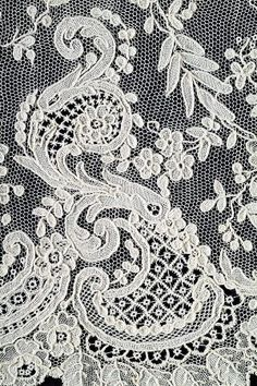 "Detail of a large set of flying Alençon nineteenth century needle lace. Deposit of the Association ""Alencon lace."" in France © Photo: Gilles Kervella Embroidery Transfers, Lace Embroidery, Vintage Embroidery, Needle Lace, Bobbin Lace, Lace Ribbon, Lace Fabric, Antique Lace, Vintage Lace"