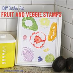 Fruit and Veggie Stamp Print. Create this colorful summery art for you kitchen using fruits and veggies as stamps! Toddler Art, Toddler Crafts, Diy Wall Art, Diy Art, Make Your Own Stamp, Hungry Caterpillar Party, Kindergarten Themes, Watercolor Art Diy, Handmade Stamps