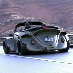 Авто Volkswagen Beetle - Авто Volkswagen Beetle Informations About Авто Volkswagen Käfer Pin You can easily use my p - Vw Classic, Best Classic Cars, Vintage Sports Cars, Vintage Cars, Carros Vw, Vw R32, Auto Volkswagen, Vw Cabrio, Beetle Car