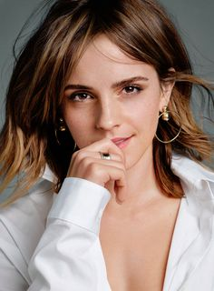 Image shared by We Love Emma Watson. Find images and videos about emma watson on We Heart It - the app to get lost in what you love. Emma Watson Belle, Style Emma Watson, Emma Watson Estilo, Lucy Watson, Emma Watson Beautiful, Emma Love, Emma Watson Sexiest, My Emma, Emma Watson Body