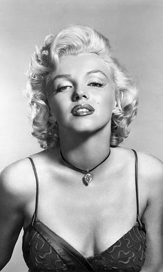 A few weeks after her film <em>Gentlemen Prefer Blondes</em> hit theatres, Marilyn ventured to Alberta to film scenes for Otto Preminger's western <em>River of No Return</em> alongside Robert Mitchum. Her future husband Joe DiMaggio joined the screen siren on set, and a British photographer captured dozens of candid shots of the couple that were later unearthed and released for the first time in the 2010 book <em>Marilyn, August 1953.</em>