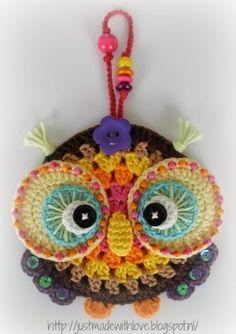 Cute crochet owl to admire Crochet Birds, Love Crochet, Crochet Motif, Beautiful Crochet, Crochet Animals, Crochet Flowers, Crochet Home, Crochet Crafts, Crochet Projects