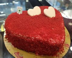 40 Most Beautiful looking Red Velvet Cake Design that you can make or get it made on the coming birthday. Velvet Cake, Red Velvet, Cool Cake Designs, Cake Flour, Baking Tips, Baking Soda, January, Sweets, Chocolate