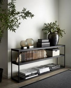 Take a look at this vital picture and also visit today relevant information on Minimalist Home Decor Home Living Room, Living Room Decor, House Of Turquoise, Minimalist Home Decor, Home Interior Design, Interior Modern, Modern Decor, Decor Room, Interior Inspiration