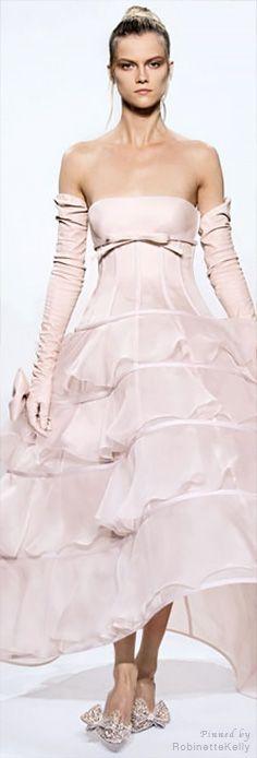 Valentino Haute Couture | F/W 2010-11 | ❤ Pink ~ Pale ❤ | Pinterest)