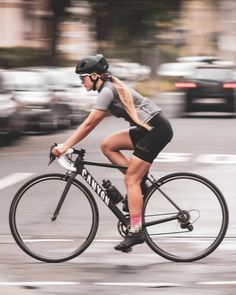 Urban cruising - dangerous but fun - but dangerous. Safety for cyclists in Germany is still a big issue (maybe also other countries, I'm… Bicycle Women, Road Bike Women, Bicycle Girl, Cycling Girls, Road Cycling, Cycling Gear, Cycling Equipment, Sport Motivation, Mountain Bike Shoes