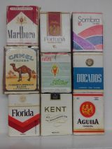 Marlboro Coupons, Cigarette Brands, Mini Bonsai, Old Advertisements, 3d Origami, Old Ads, Funny Comics, Cigars, American History