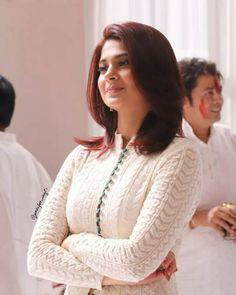 Silk Kurti Designs, Kurti Designs Party Wear, Jennifer Winget Beyhadh, Pakistani Fashion Casual, Stylish Dresses For Girls, Indian Designer Suits, Most Beautiful Indian Actress, Girl Photography Poses, Indian Wear