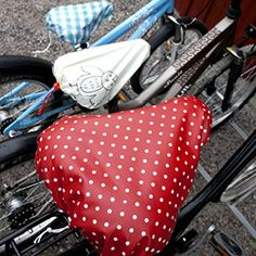 DIY great-looking bike seat covers without using a sewing machine. Tutorial in Swedish.