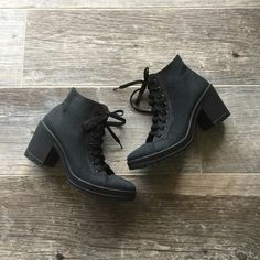 Topshop Black Lace Up Shoes Size 6 (fits like a 7) Topshop Black Lace Up Shoes. New without a box. Size 6, but fits like a size 7. Lace up style. Topshop Shoes Ankle Boots & Booties