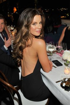 Kate opted stunning backless dress gala 2015 | 47 Supersexy Pictures of Kate Beckinsale | POPSUGAR Celebrity Photo 14