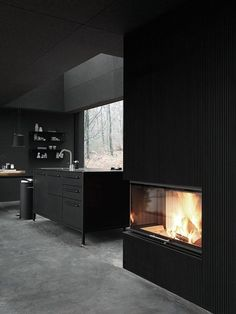 Vipp Shelter is a minimalist prefabricated house designed by Danish design company Vipp. It's a full package - from architecture to furniture to tableware, Bright Kitchens, Black Kitchens, Luxury Kitchens, Design Minimalista, Prefabricated Houses, Loft, Dark Interiors, Home Decor Online, Cuisines Design
