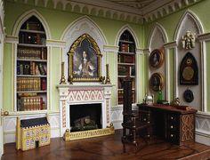 Mini dollhouse in Gothic study