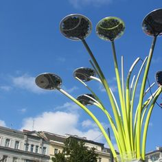 Solar Tree by Ross Lovegrove. a streetlight that's a work of art AND solar. cool.