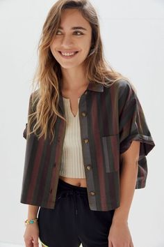 Shop Urban Renewal Remnants Striped Boxy Button-Front Shirt at Urban Outfitters today. We carry all the latest styles, colors and brands for you to choose from right here. Mode Outfits, Fashion Outfits, Womens Fashion, Summer Outfits, Casual Outfits, Looks Vintage, Vintage Tops, Urban Fashion, Fashion Top