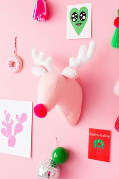 DIY Plush Reindeer Head   studiodiy.com