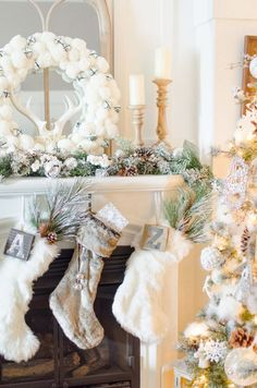 Dream Tree: 10 Tips on How to Decorate a Christmas Tree Rustic Glam Farmhouse Christmas Fireplace, Farmhouse Christmas Decor, Christmas Mantels, Christmas Home, White Christmas, Christmas Decorations, Holiday Decor, Fireplace Decorations, Elegant Christmas