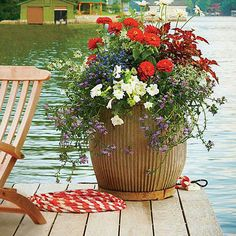 Southern Living - red, white, & blue planters - Beautiful color combination planter - easy to do.