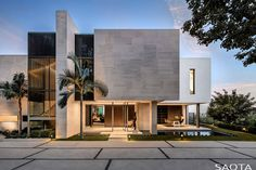 SAOTA réalise première maison contemporaine à Los Angeles - Visit the website to see all pictures https://www.amenagementdesign.com/architecture/saota-los-angeles/