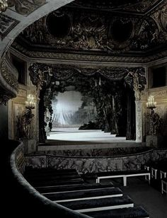 Marie Antoinette's Private Theater, Versailles, France. I'd love to go to Versailles! Abandoned Buildings, Abandoned Places, The Places Youll Go, Places To Go, Chateau Versailles, Versailles Garden, Night Circus, Chapelle, Beautiful Places