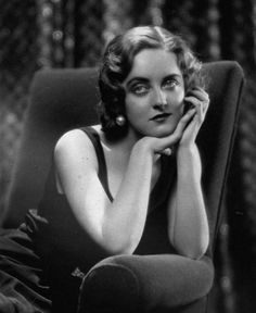 Bette Davis 1931. Love this pic of her.