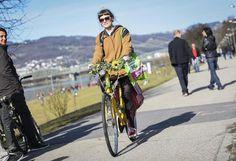 Frühling: Fast schon Frühlingshaft waren die Temperaturen am Sonntag. Viele Sonnenanbeter kamen an die Linzer Donaulände. Mehr Bilder des Tages auf: http://www.nachrichten.at/nachrichten/bilder_des_tages/ (Bild: Schwarzl)