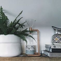 We love this #shelfie by @ridasj featuring our porcelain pot 😍