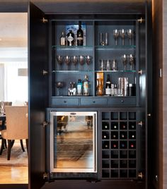 Weinlagerung Mini Bar Ideen - t's recently been another wine-filled yr Home Bar Rooms, Diy Home Bar, Home Bar Decor, Bar Cart Decor, Home Wine Bar, Home Wine Cellars, Home Bar Counter, Bar Counter Design, Home Bar Cabinet