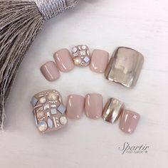 Pedicure Designs, Pedicure Nail Art, Toe Nail Designs, Toe Nail Art, Manicure, Feet Nail Design, Bright Red Nails, Happy Nails, Nail Blog