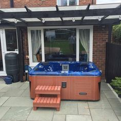 Tubs2u Americano Hot tubs £2699 delivered & positioned NATIONWIDE iPod connection Build in radio  LED lights £2699 inc VAT Join 1000's of our happy customers £200 deposit Contact us now 01341 430684 sales@tubs2u.co.uk #fashion #style #stylish #love #me #cute #photooftheday #nails #hair #beauty #beautiful #design #model #dress #shoes #heels #styles #outfit #purse #jewelry #shopping #glam #cheerfriends #bestfriends #cheer #friends #indianapolis #cheerleader #allstarcheer #cheercomp  #sale…
