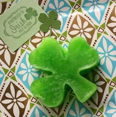 Homemade Shamrock Popsicle ... Melt down popsicles and refreeze them into shapes