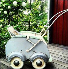 Zweedse kinderwagen.