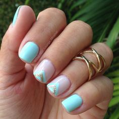 Simple mint nail art design