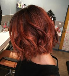 Lovely Copper Balayage - 60 Auburn Hair Colors to Emphasize Your Individuality - The Trending Hairstyle Hair Color Auburn, Red Hair Color, Short Auburn Hair, Medium Auburn Hair, Brown Auburn Hair, Short Red Hair, Hair Inspo, Hair Inspiration, Red Balayage Hair