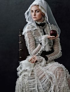 "Vogue Japan ""Caroline's Symphony-Tom-Lorenzo-Site-TLO (11)"