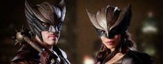 La serie que aglutina a los superhéroes de 'The Flash' y 'Arrow' se estrena el 21 de enero de 2016.
